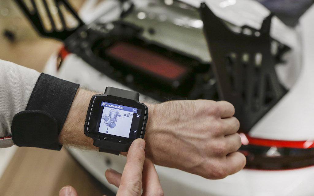 standard work instruction on smartwatch